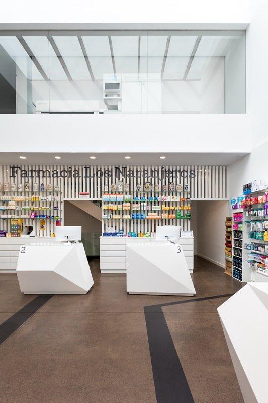 https://kuoestudio.com/wp-content/uploads/2021/09/farmacia-los-naranjeros-04.jpg