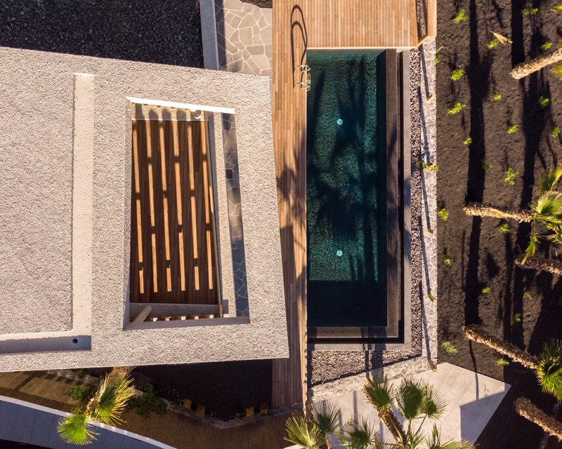 https://kuoestudio.com/wp-content/uploads/2021/09/viviendas-unifamiliares-abama-resort-03.jpg